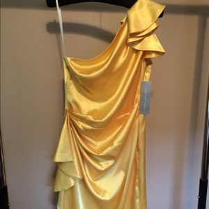 London Times Yellow One Shoulder Dress Size 8 NWT